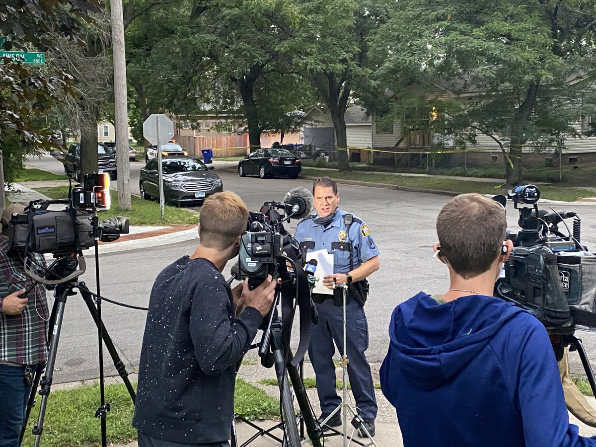 SPPD PIO Sgt. Mike Ernster spoke to journalists about today's shooting death. He said there have been approximately 170 911 calls to the house since the first of the year. https://t.co/39zjNQ7XU5