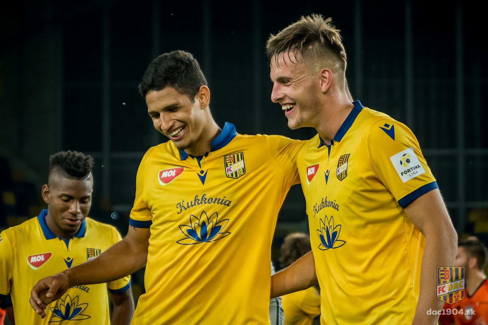 Cuarto gol de Erick Ramirez | Foto: Prensa Dunajská Streada |
