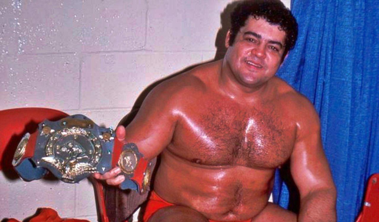 """Lucha Libre Online on Twitter: """"El integrante del Salón de la Fama de la WWE,  el puertorriqueño Pedro Morales, posee aún el récord de la mayor cantidad  de días acumulados con el"""