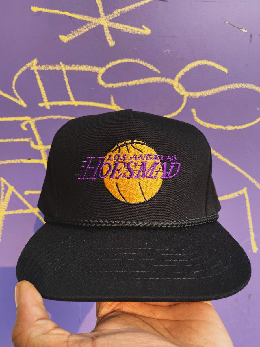 For You Laker Fans😈💫 Shop💻: https://t.co/38mC5Xe8Bm 🌴 📸: @carlamarjackson https://t.co/d08gs5OXrm