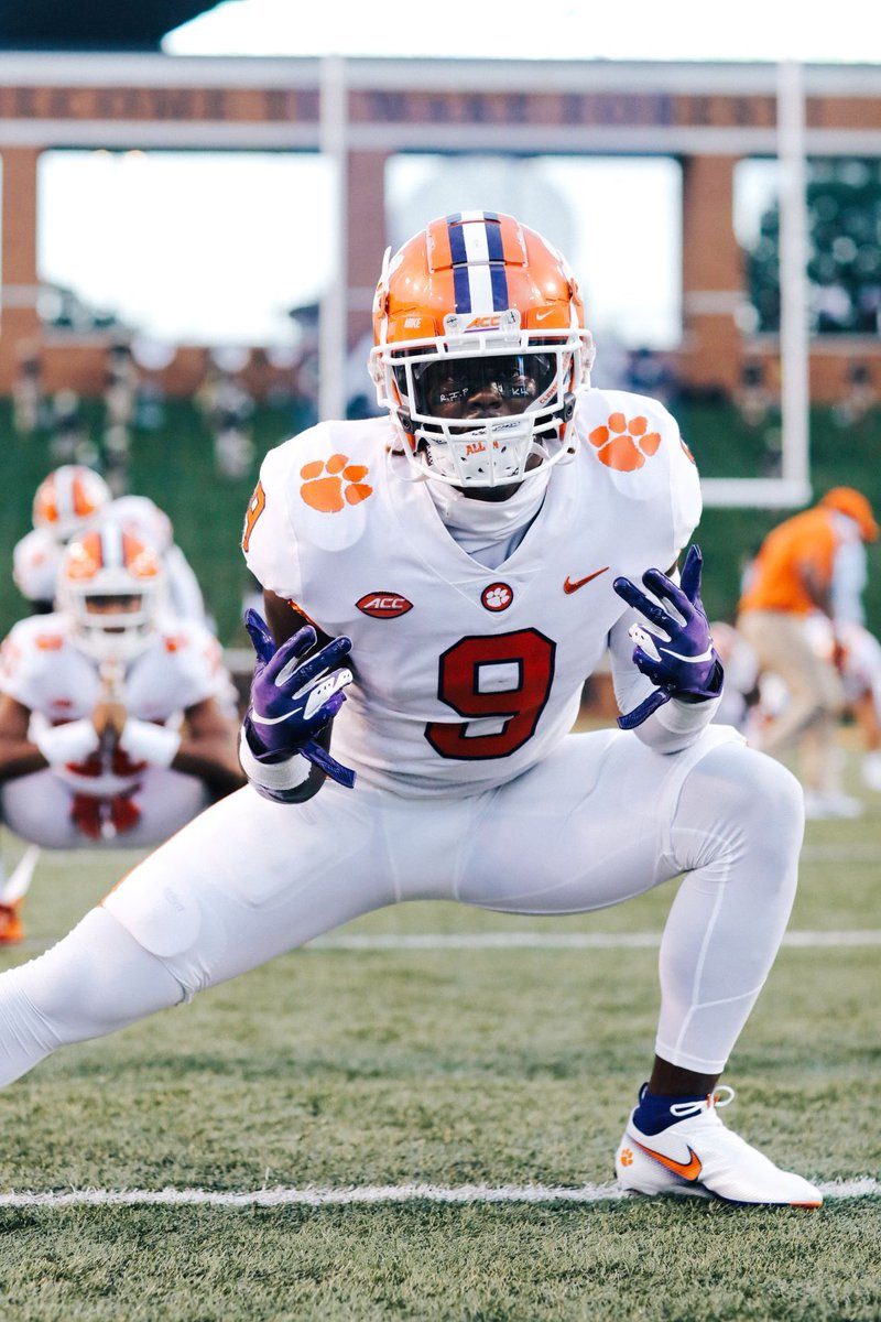 Clemson Football On Twitter Touchdown Tigers Clemson 34 Wf 3 On That Rushing Td Travis Etienne Just Eclipsed The 100 Yd Mark He Now Holds The Clemson Record With 18 Career 100 Yard