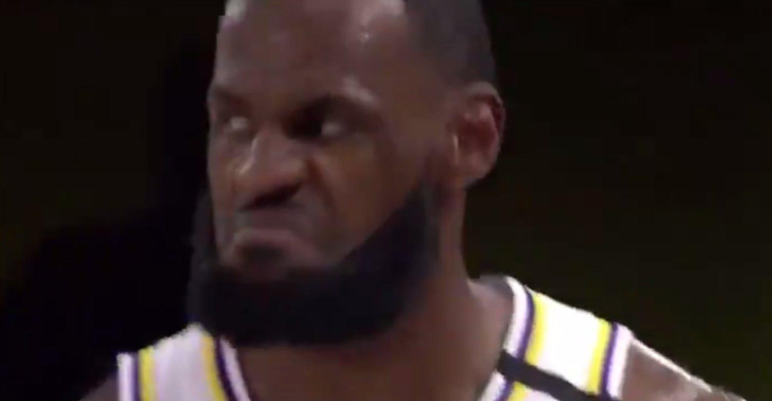【影片】詹姆斯警告火箭球員:碰你們一下,就大喊大叫,好好打球不行嗎!-籃球圈