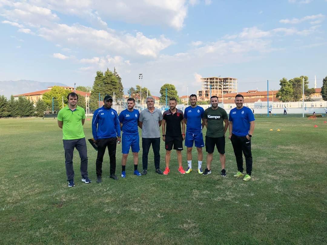 Përgjegjësi i Përgatitësve Atletik në FSHF, Luigi Febbrari, i shoqëruar nga një pjesë e stafit të kombëtares kanë ndjekur nga afër stërvitjen dhe përgatitjen atletike që zhvillojnë skuadrat e Kategorisë Superiore. Këtë herë ndalesa e tij ishte pranë klubit të Tiranës dhe Kukësit. https://t.co/VwlPfrgFjF
