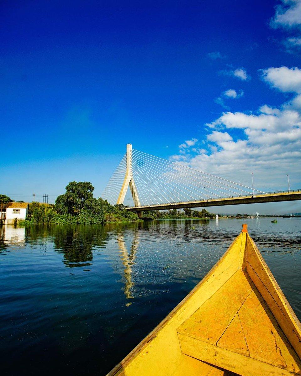 Source of the Nile Bridge. #JinjaNile #prideUganda #TourUganda   Photos by @busfra https://t.co/TjXmBRcWJI