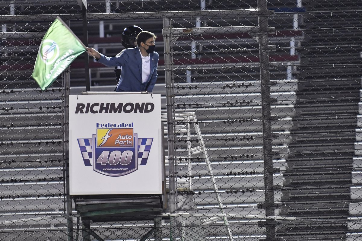Honored to wave the green flag for the start of this weekend's @NASCAR Cup Series race at @RichmondRaceway as we honor and remember the heroes of September 11th, 2001.