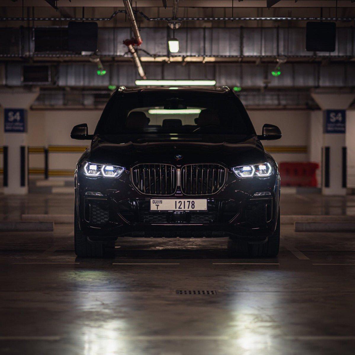 ترى قوتها في عينيها.   #BMWX5 #BMWAGMC https://t.co/LByZAldc2z