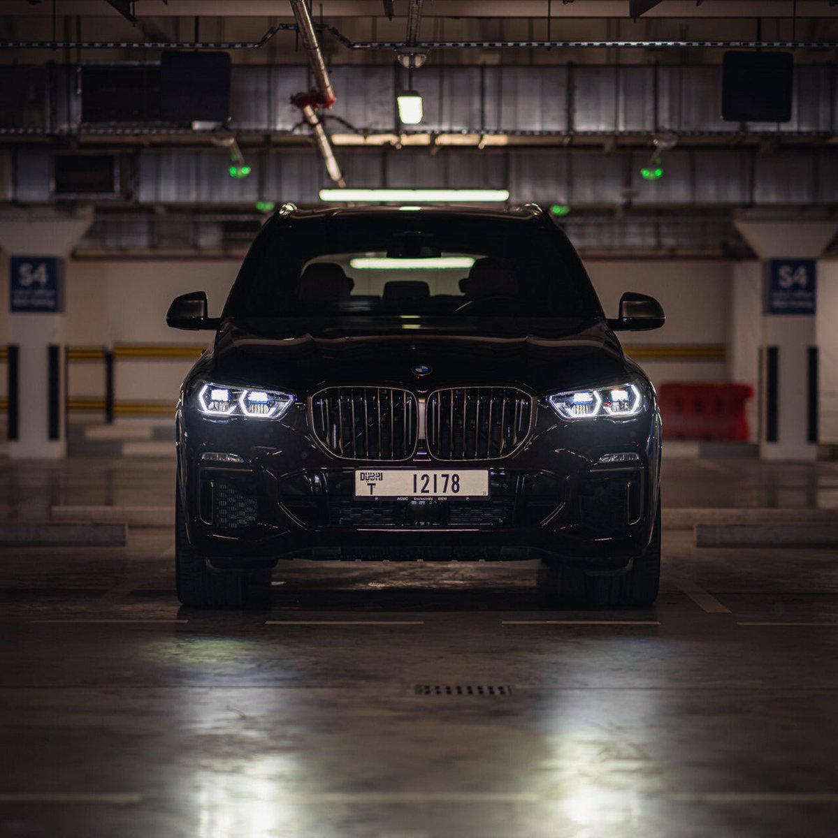 When power stares right back.   #BMWX5 #BMWAGMC https://t.co/nJ5PCcDB9K