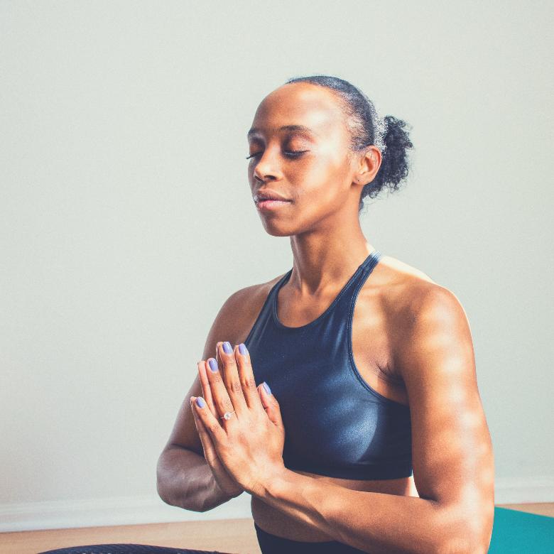 """BEST ZABUTON FOR YOGA BEGINNERS"" Read more here: https://t.co/noDGtvgS26 #yoga #reviews #health #gear https://t.co/k9Dbcg4Ygx"