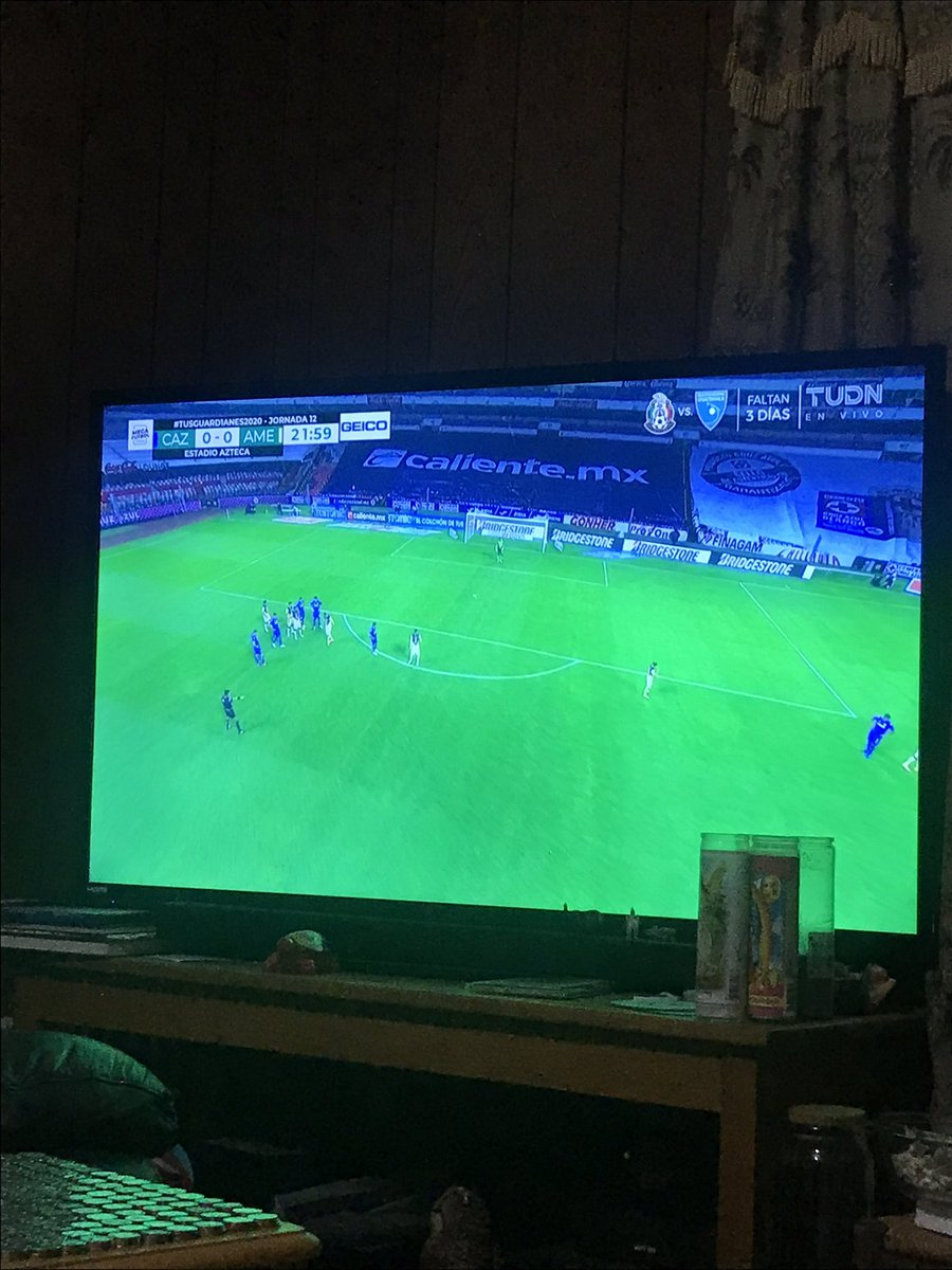 Mirando el juego @CruzAzulCD @TUDNMEX #vamoscruzazul saludos desde Washington https://t.co/fapOpcpxE0