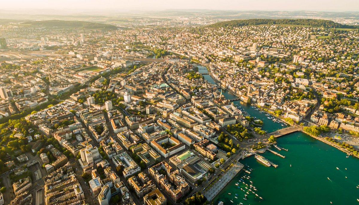 Stunning @visitzurich #Switzerland from above! https://t.co/sRWmZ4VJ54 📷 @reddit u/comradeTJH #DronePhotography #IneedSwitzerland 🇨🇭 https://t.co/wnc0zle9US