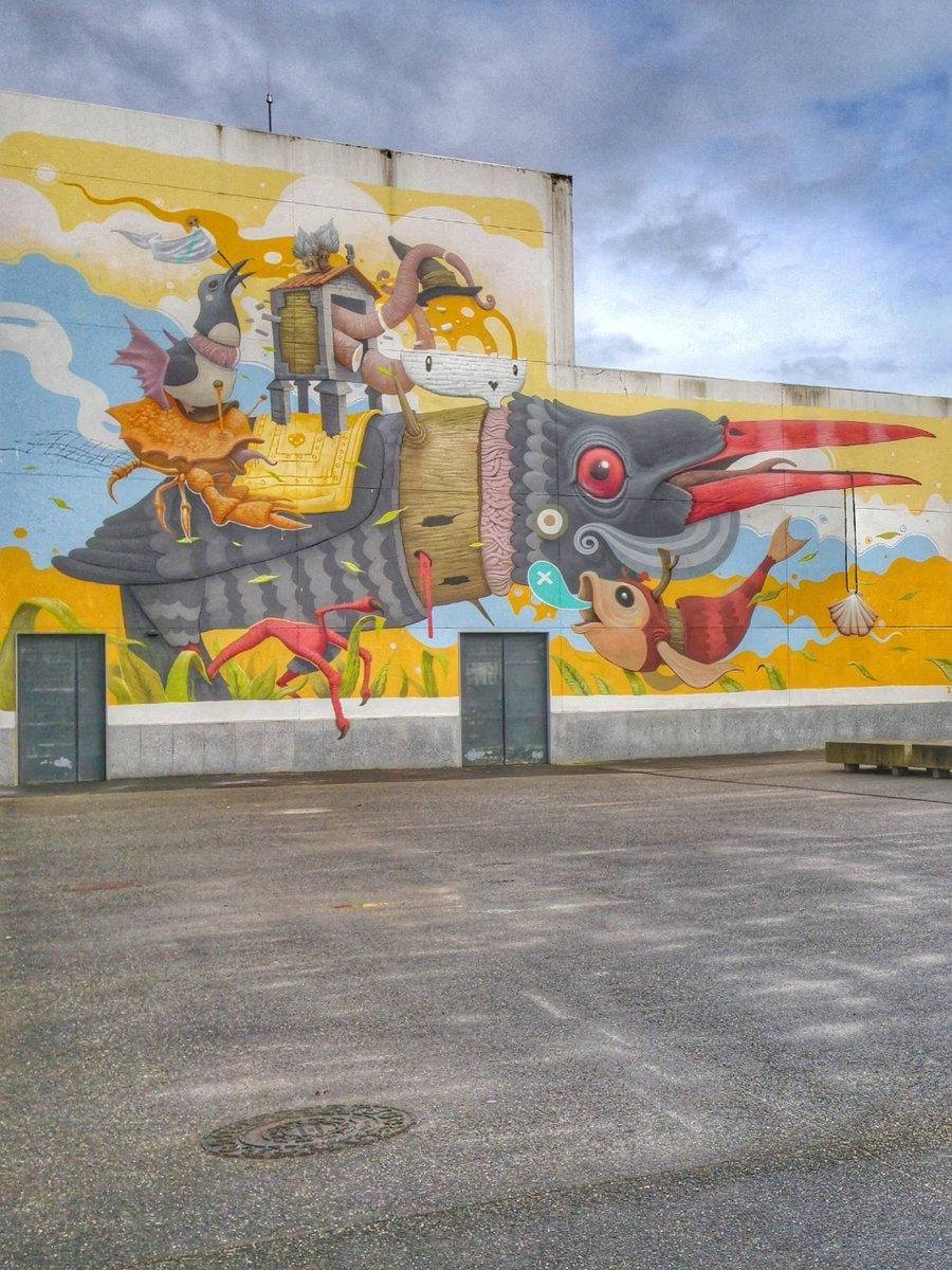 Bo día #Carballo #streetart #art #urbanart #viaxes  #streetphotography #graffitiart #viagem #urban #streetstyle #artwork #travel #painting #mural #wallart #arte #contemporaryart #voyage #streetarteverywhere #instaart #streetarteverywhere #artepública #publicart #art https://t.co/m6ql4xxsPs