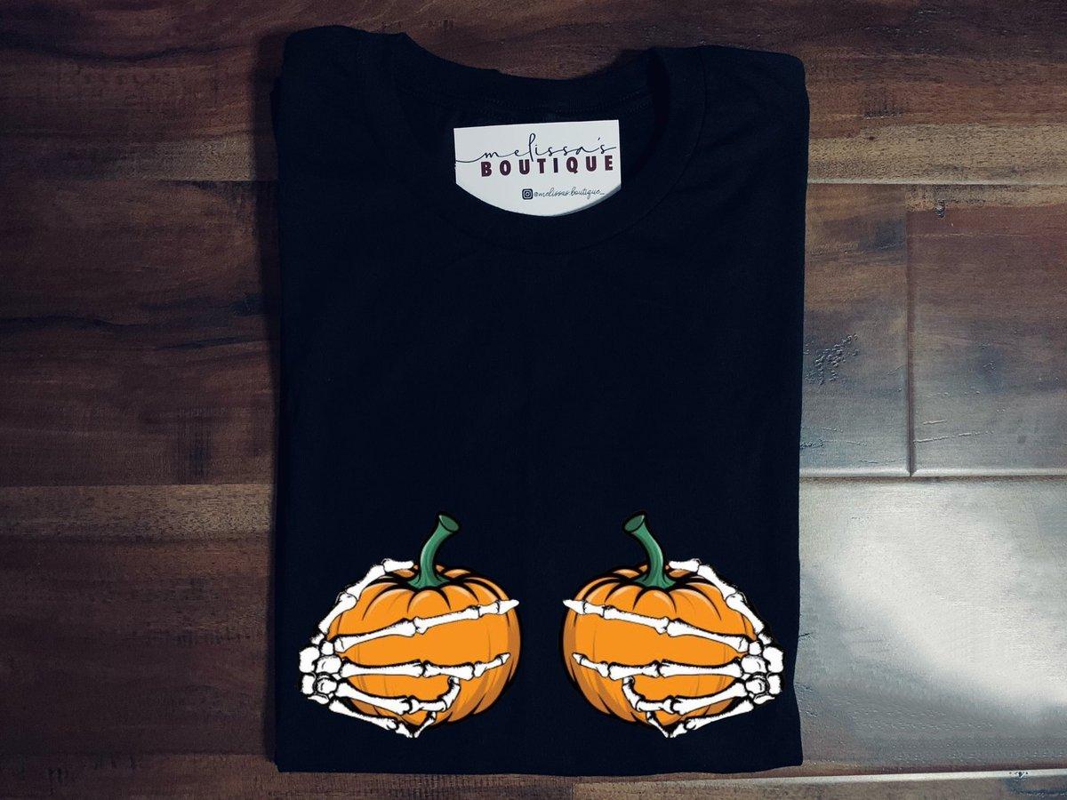 •Skeleton hands & Pumpkin Boobies 🙈✨ Follow Melissas . Boutique_ on instagram for more✨🧡 https://t.co/b0iLMFuCQa