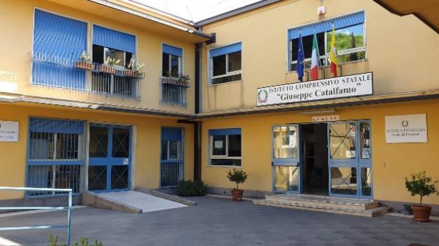 #Coronavirus, rientra l'allarme a #Messina: negative le alunne della scuola Catalfamo https://t.co/pflAONHa25 https://t.co/WiMsB3i8cr
