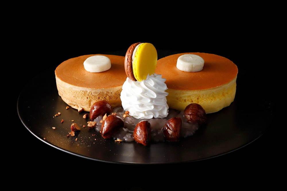 ホテルニューオータニ(東京・幕張・大阪)の特製パンケーキ、栗をふんだんに使った秋仕様で登場 -