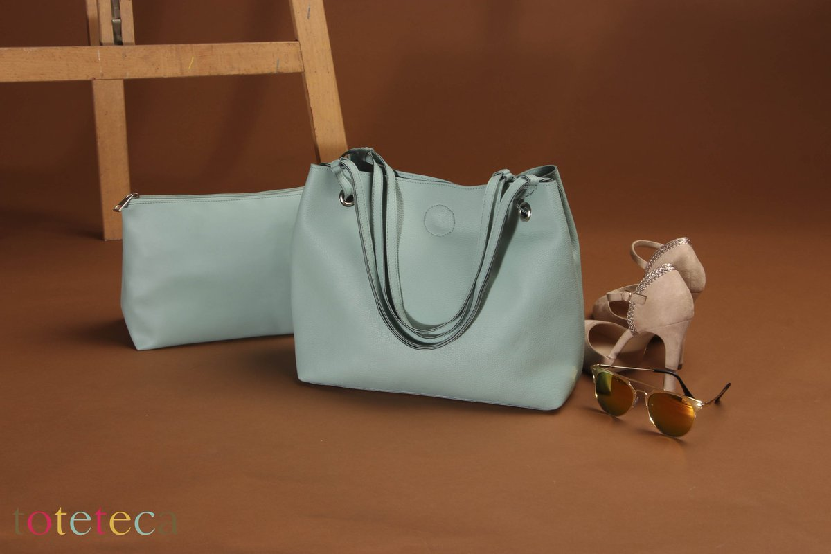 Weekend casuals. #getupandgo #toteteca #pret #SS2020 #unlined #shoulderbag #mintgreen #everydaycarry #madeinindia #onlineshopping #instafashion #casualstyle #styleithappy https://t.co/0AZMHjps3n