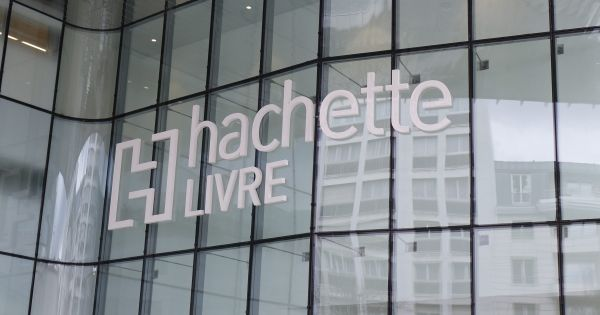 ECONOMIE > Hachette- Editis, saison 2 https://t.co/aHh3wwBVRi #edition #economie https://t.co/mI1TwpURcv