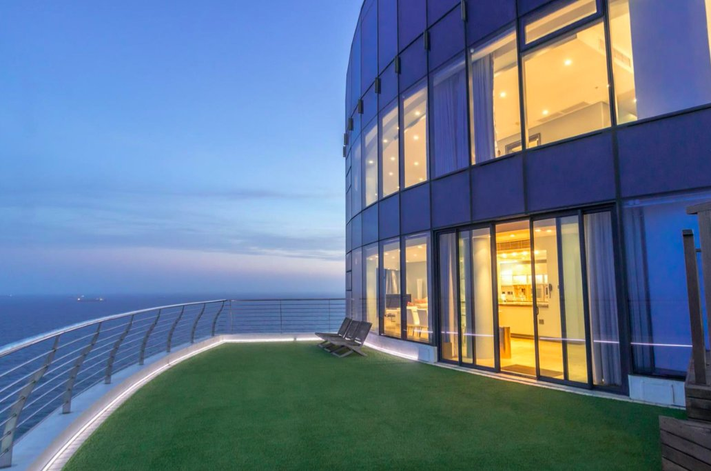 The Most Expensive Apartment In KZN's Umhlanga Rocks Is Selling For 40 Million Rands - https://t.co/O99lqQCAXh #Business #Entrepreneur #Entrepreneurship https://t.co/EexWzGRRaQ