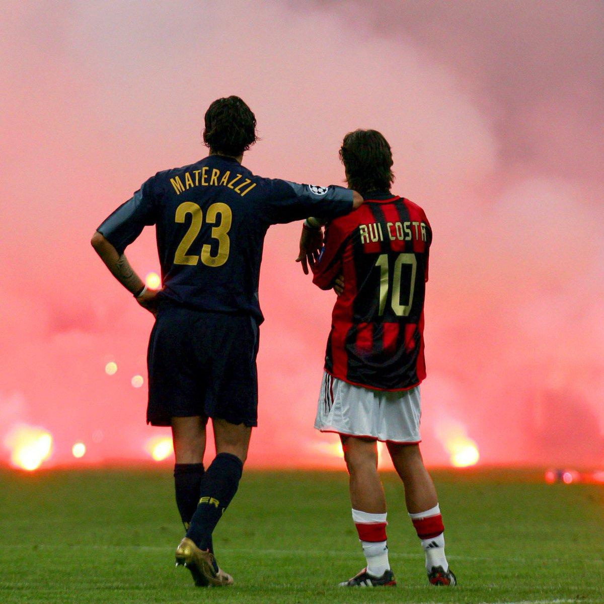 💥 . . #ruicosta #materazzi #acmilan #acmilan1899 #fcinter #internazionale #inter #intermilan #rossoneri #neroazzurri #amala #calcio #football #futbol #futebol #fussball #soccer https://t.co/n5bl4V6DsH