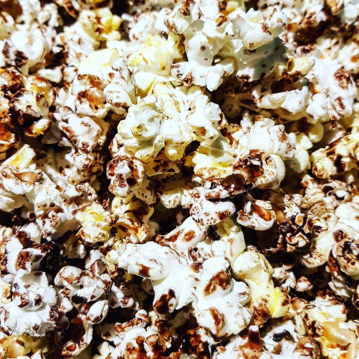 🍿 Chocolate Popcorn 🍿 #Greek #Chef #Fusion #Experiment #Chocolate #Nutrition #Healthy #Balance #Foodie #Yummers #Fresh #ActorsLife #SingersLife #WriterDaze #AussieLad #MelbourneBoy #SelfCare #ComfortFood #Organic #Healthy #FollowMe #Chef #Spring #Flavour #Popcorn #SaturdayNight https://t.co/lKZCuxtwaN