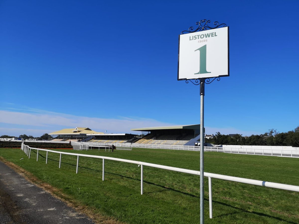 test Twitter Media - We've reached the final furlong, last day @ListowelRaces for another year! Live on @RacingTV and @Rasai_BEO on @TG4TV from 3pm. https://t.co/OiZvldRs5v