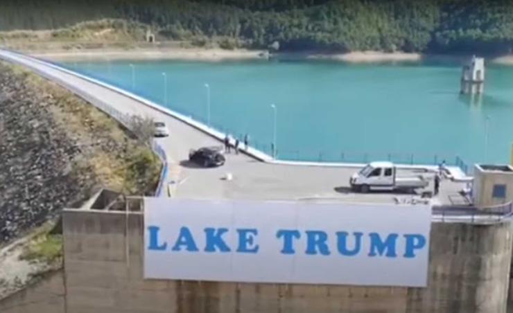Κόσοβο: Μια λίμνη που την λένε Τραμπ! Σέρβοι της άλλαξαν όνομα προς τιμή του Αμερικανού προέδρου https://t.co/j2h3v1njfz https://t.co/XMs6AC7Pht