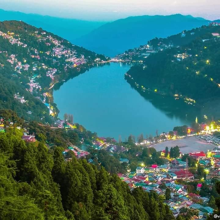 Explore: The real #beauty lies beyond those four walls✨ The magical lake #city of india. ❤ .  #Nainital,  #Uttarakhand, https://t.co/shz4WFgj7h