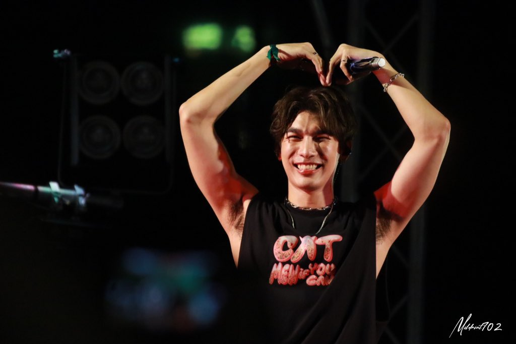 A Self-Indulgent thread of Mew Suppasit in his tank top today (purely for personal reasons)All credit to the pic owners, bless you  #CatMewIfUCan