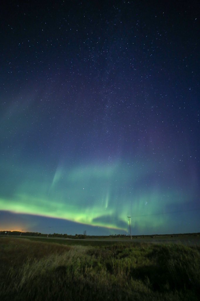 Another great night under the stars ✨  And an amazing #NorthernLights show 🤩 #AuroraBorealis #aurora   @AuroraMAX @TamithaSkov @StormHour @skyatnightmag @NorthLightAlert https://t.co/nnPIuU5R4m