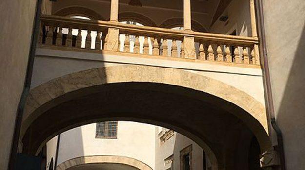 """Palermo, Palazzo Branciforte ospita il concerto di bambini per """"RisuonaItalia"""" https://t.co/pOAflrrEt1 https://t.co/V4ECAPJWgy"""