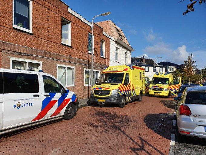 Honselersdijk Veel hulpdiensten tp Hofstraat. Medische noodsituatie persoon in woning. https://t.co/NAUFTzGrJG