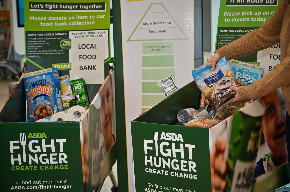 Our new report forecasts #foodbanks in our network will provide six emergency food parcels a minute this winter. This research is possible thanks to our #FightHungerCreateChange partnership with @asda - helping us tackle the structural issues that pull people into #poverty >