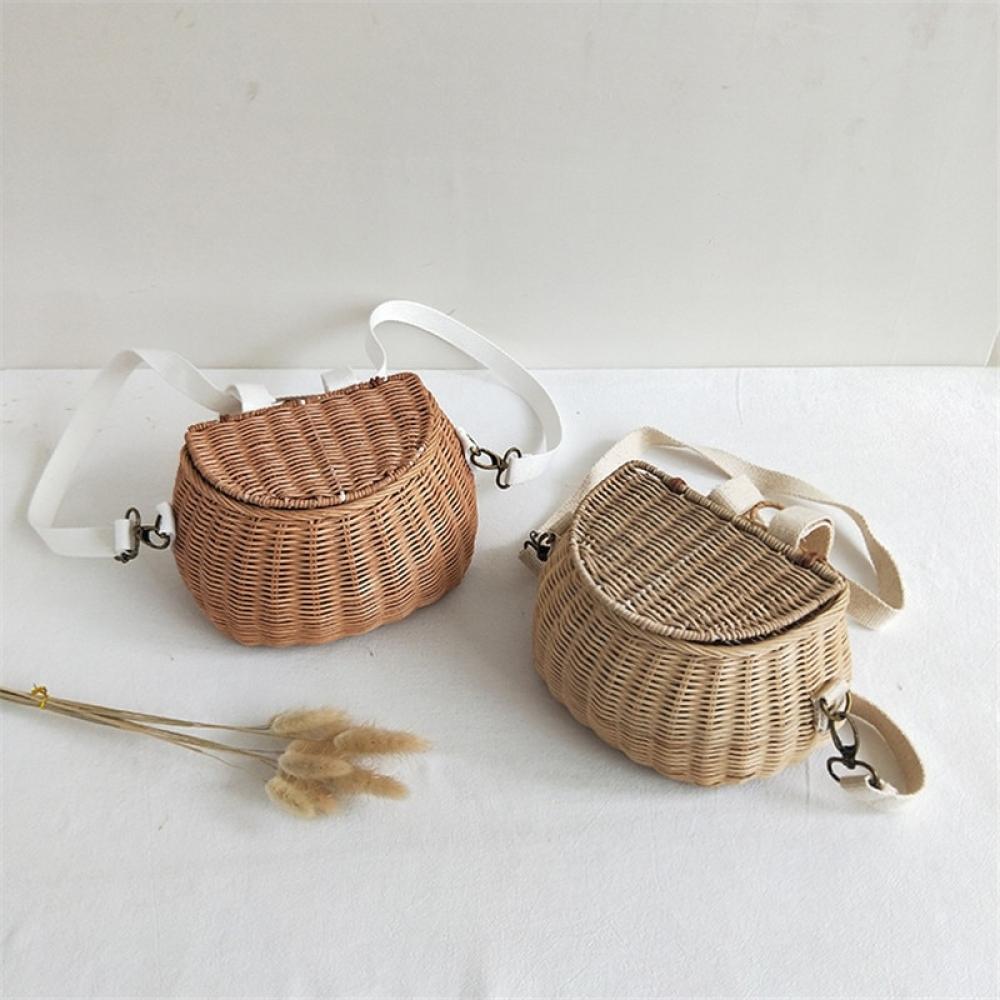 Love our Basket Style Mini Backpack? https://t.co/MKndmBiNb3 $40.00 #blythe#blytheconUK #bcuk #miniature #miniaturebag https://t.co/J3wWo4PcYz