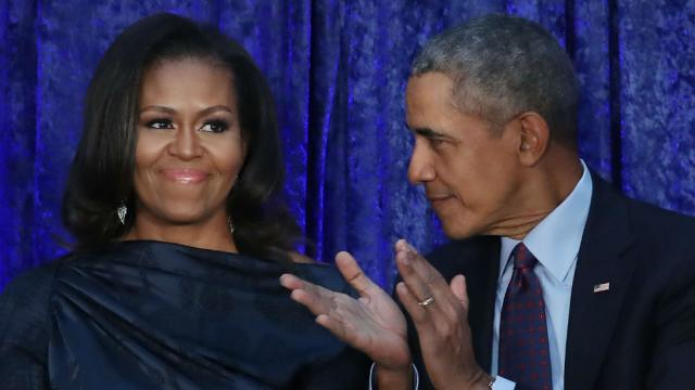 """Obamas are """"most admired"""" man and woman in world: poll https://t.co/7i4tp6h4kV https://t.co/y4ddEOhlWk"""