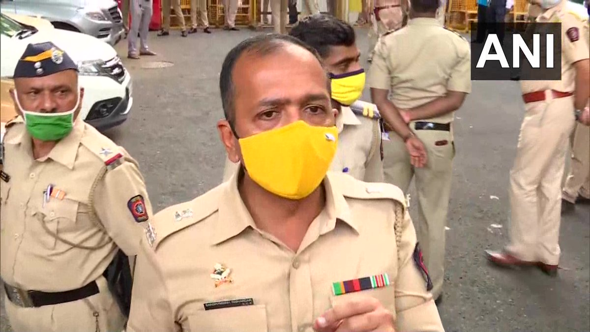 Today we have observed a lot of media vehicles chasing people who were called for the inquiry. The vehicles will be seized because they are endangering their lives as well as lives of whoever was called & common people: Sangram Singh Nishandar, DCP Zone 1, Mumbai Police. https://t.co/1q69kPrrgc