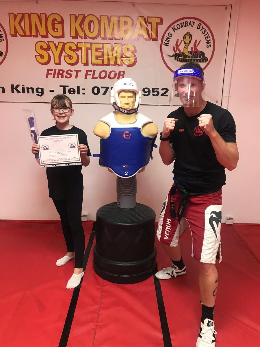 🥊Another positive week at King Kombat Systems ,working on grading work and drills with some new belts earned aswell  .A huge thank you again to the parents for their support. Also thanks to all the adults who attended the senior classes and PT sessions 🥊 https://t.co/WDOvdFc4W4