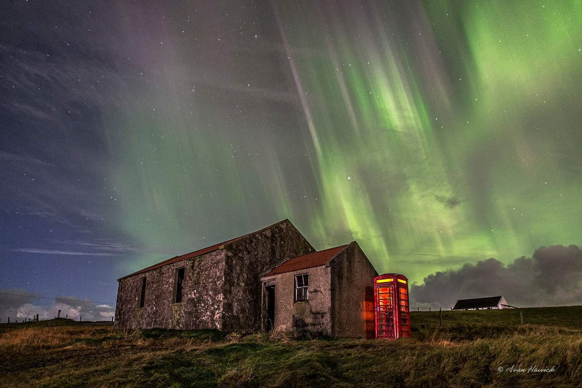 There have been some stunning images of the Northern Lights this week. If you want to marvel at the majesty of this natural wonder, check out the superb photographs of Ivan Hawick who lives on Shetland! https://t.co/DMoWUnbau8