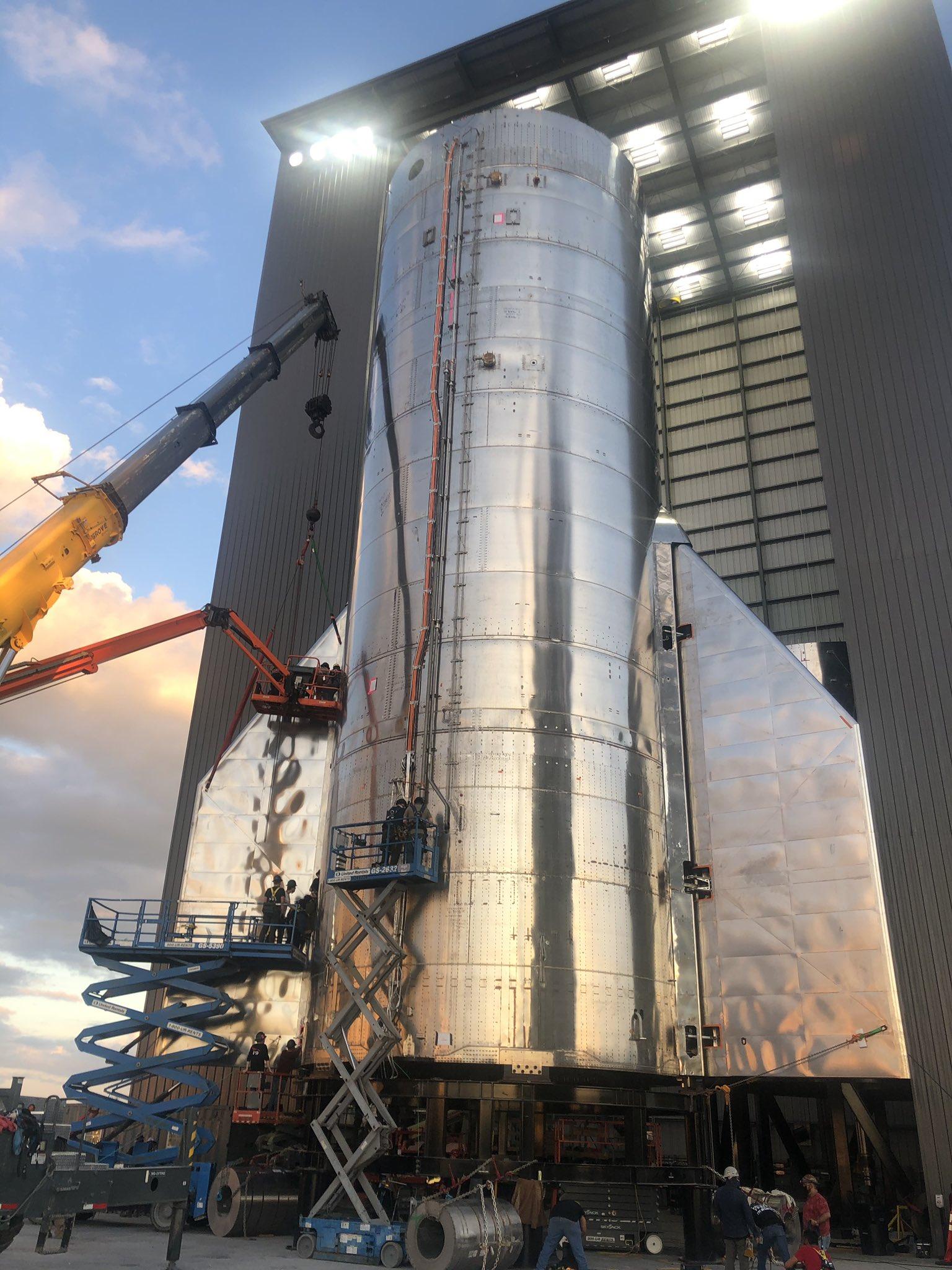 Starship SN8 (Boca Chica) (1/2) - Page 6 Ei279UbUYAAHzlj?format=jpg&name=large