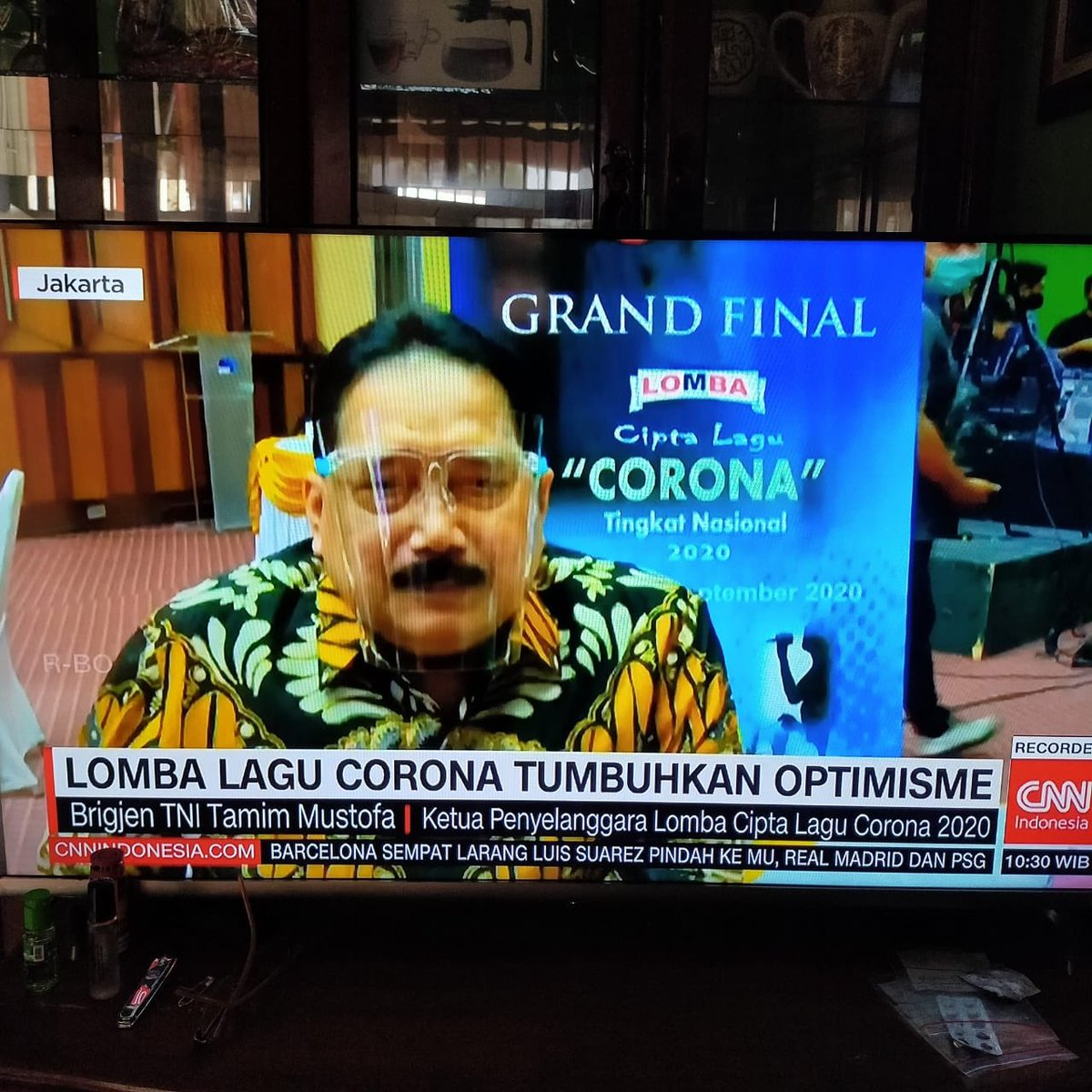 To all cynics out there that doubt our beloved leaders, Indonesia is doing great, Corona song creation contest just enters grand final.  You're all just being ridiculous!   Photo from @nazieb https://t.co/Gy72kxUV2B