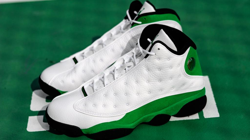 Energy 🔋 ✅ Jordan Retro 13 'Lucky Green' available now!  Shop: https://t.co/MEYND5YY1k https://t.co/Y6nsjmyFg3