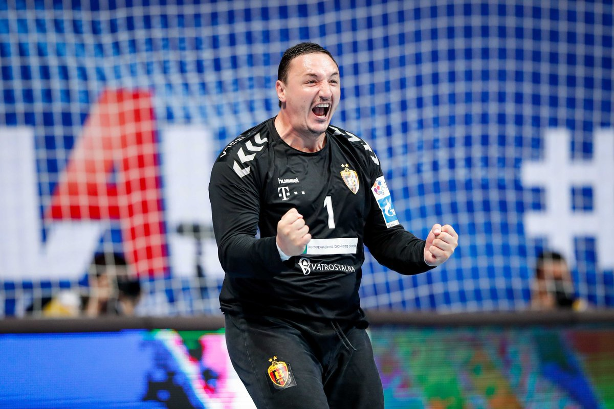 Our fans 🤗 when they realize handball 🤾♂️ is coming their way 🔜  #HANDBALLISBACK #Gazprom #SEHALeague #experiencehandball https://t.co/rJjJds9tHw