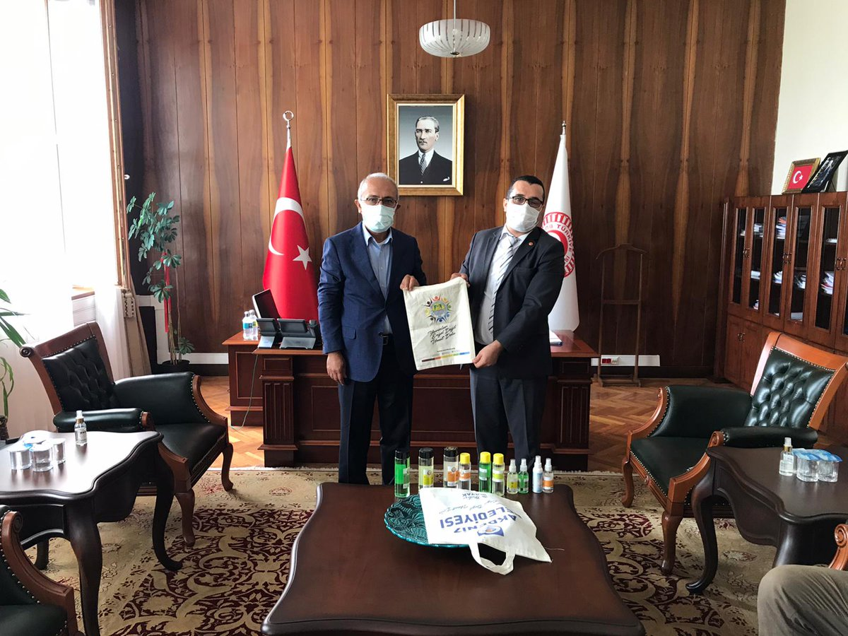 Mersin'de kurulmuş olan engelli kooperatifi, Umut Girişimciler Kooperatifi Başkanı Soner Demir ve ekibine nazik ziyaretleri için teşekkür ediyorum. https://t.co/7aadqHQp8x