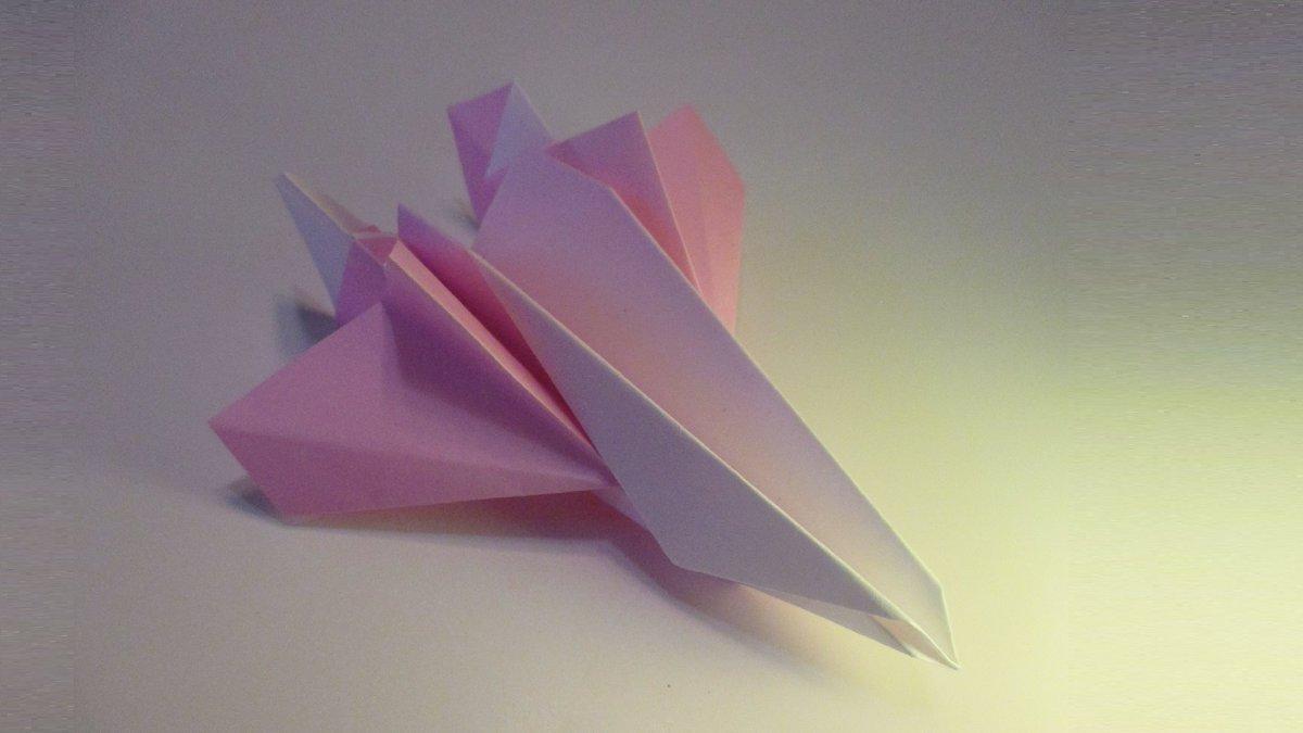 聖書《ですから、あなたがたも用心していなさい。人の子(イエス)は思いがけない時に来るのです。  マタイ24:44》 #origami  #折り紙 #おりがみ飛行機 #折紙 #アート #折り紙作品  #架空機 #創作 #art  #paperplanes #紙ヒコーキ #ORIGAMIAIRPLANE #みことば #jetfighter #paperairplane 作品紹介! https://t.co/6BjITErRMN