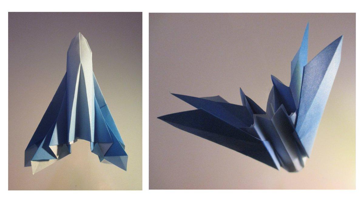 聖書《人の子(イエス)の到来は、稲妻が東から出て西にひらめくのと同じようにして実現するのです。  マタイ24:27》 #origami  #折り紙 #おりがみ飛行機 #折紙 #アート #折り紙作品  #架空機 #創作 #art  #paperplanes #紙ヒコーキ #ORIGAMIAIRPLANE #みことば #jetfighter #paperairplane 作品紹介! https://t.co/HVbpicSzB8