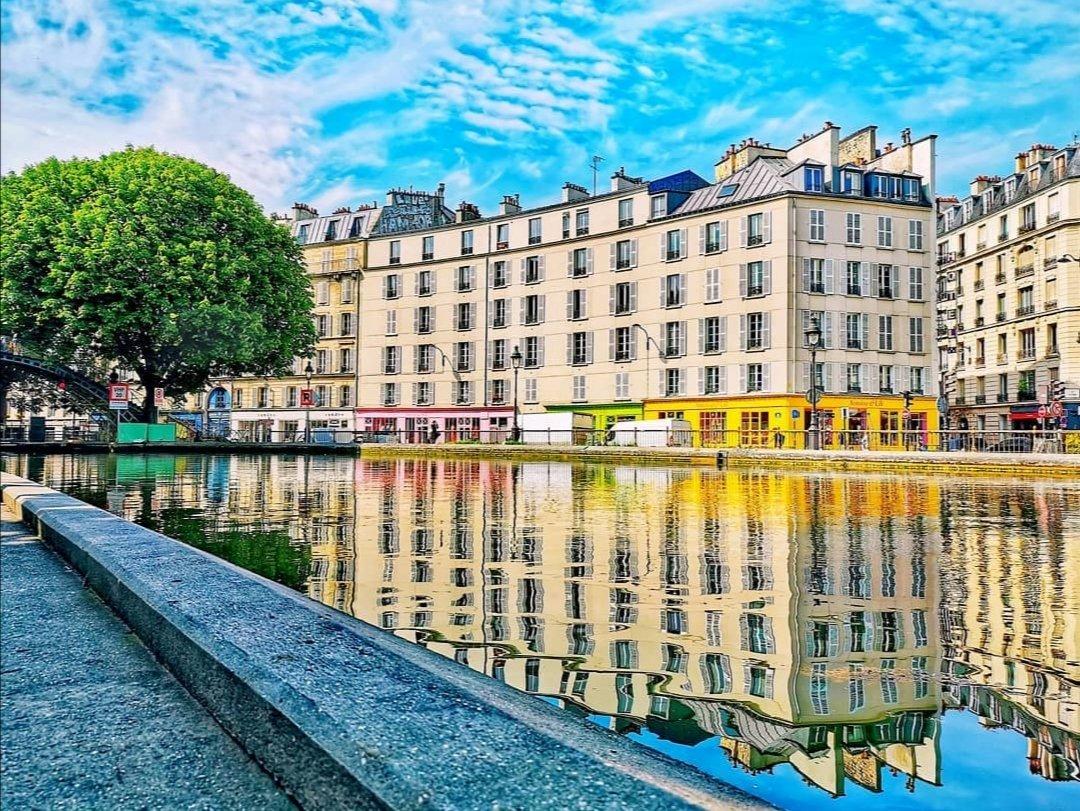 """"""" Parce que tes yeux sont mon plus beau miroir 👀⛵ ! """" #Paris #canalsaintmartin #Colors #nature #landscapephotography #miroir #France #Travel #Amazing #beauty #beautiful #photooftheday #fotografia #love #Views https://t.co/gZUBkWQaNE"""