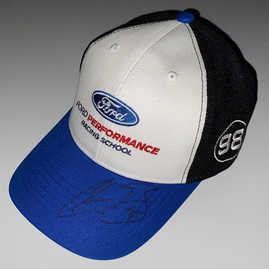 🚨GIVEAWAY🚨 Win this official @ChaseBriscoe5  @StewartHaasRcng @FordPerformance Racing School team hat autographed by the man himself!  Enter to win: 1️⃣ Follow @FPRacingSchool 2️⃣ Like & retweet this post 3️⃣ Comment & tag a race fan!  #winningweekend #nascar #fordperformance https://t.co/Sg6UdA55IC