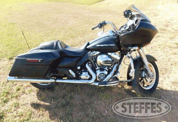 Harley Davidson FLTRX motorcycle-20,239 miles (2105)-103 cu. in. motor, hard bags, Screaming Eagle pipes, highway and passenger pegs-Dan Baker estate auction-Sat. Oct. 3, 2020-Watford City, ND #HarleyDavidson #JohnDeere  #vehicle #Trailers  #tools   https://t.co/BBoZsnplS9 https://t.co/Xj9pT63Dn4