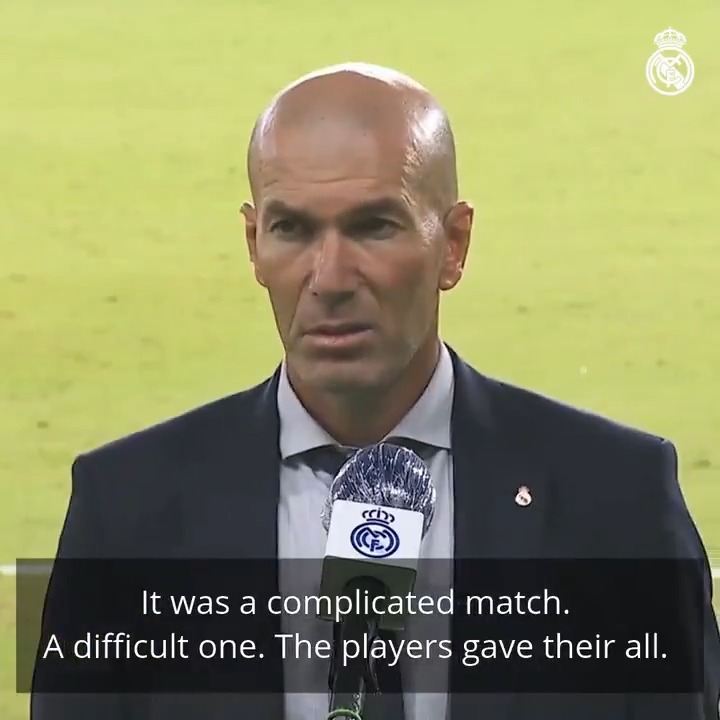 "🎙️👔 Zidane: ""It was a complicated match and the players gave their all. These are three very important points for us."" #HalaMadrid 