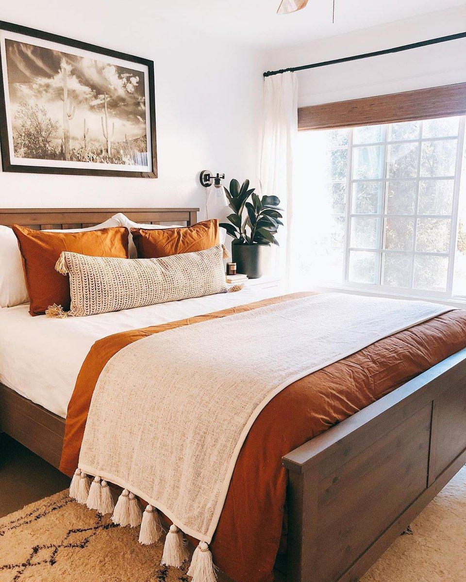 Dreamy autumn bedroom inspo ✨🧡💫 #lovelulus via https://t.co/LqCTHN6YmX https://t.co/nsvtFVsYVp