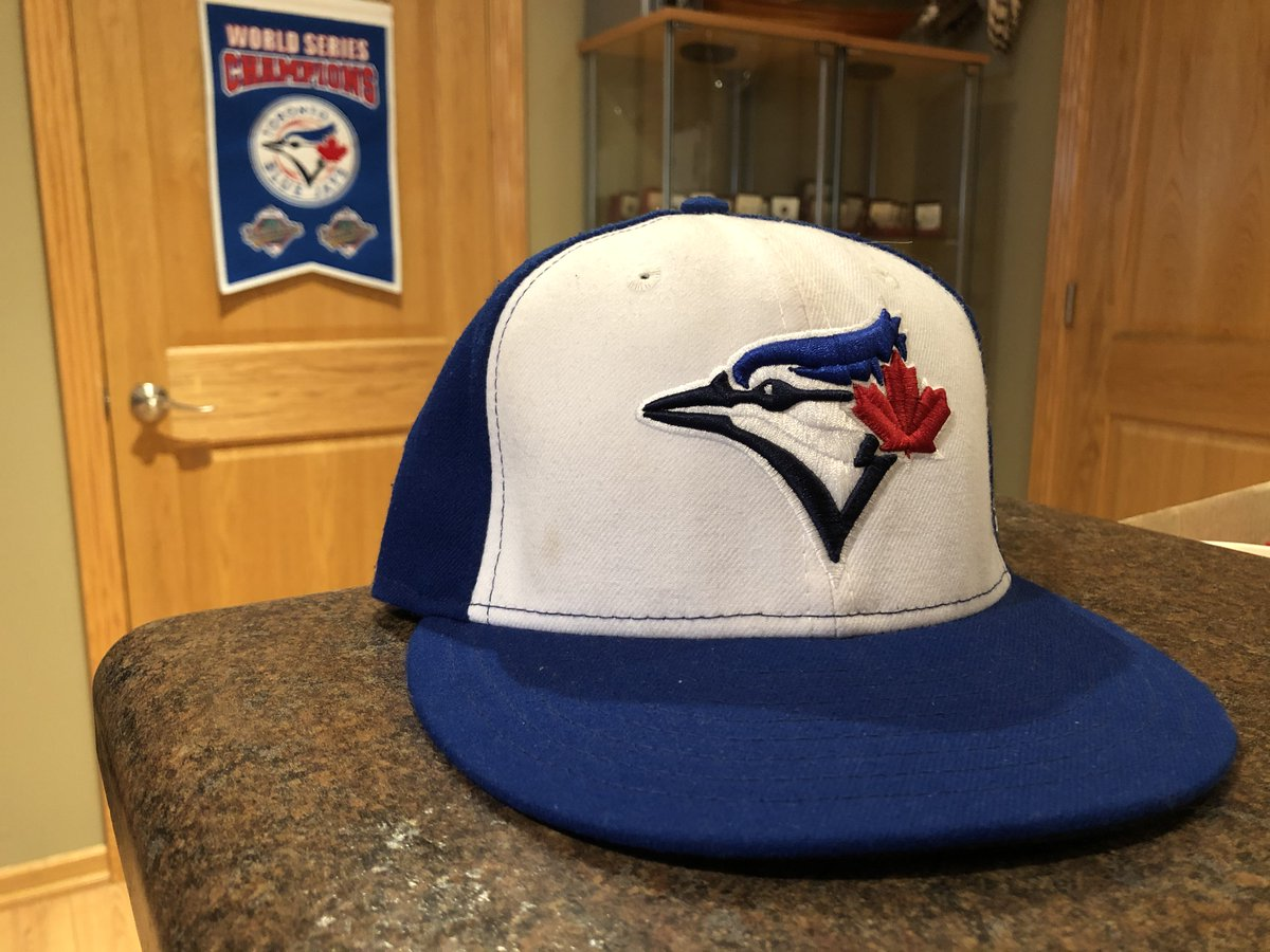With the Toronto Blue Jays clinching a spot in the playoffs, that means the MLB postseason is right around the corner. Be sure to break out your Jays gear and cheer them on as this is their first time back in the postseason since 2016. #goCanada #goBlueJays #ByStudents4U https://t.co/ilJzG8OGf8