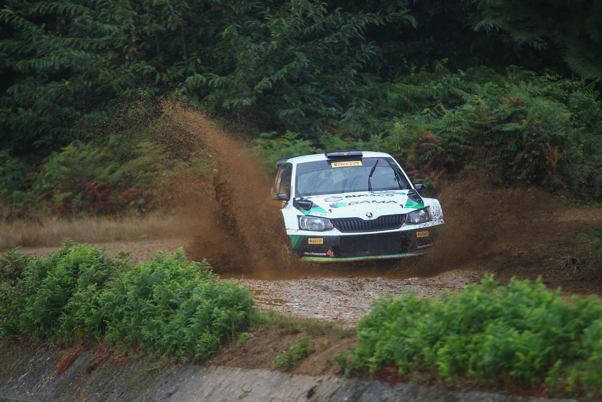 SCER + CERT: Rallye Terra da Auga - Comarca de Arzúa [25-26 Septiembre] - Página 2 Ei3Em_LXsAA6i0p?format=jpg&name=large
